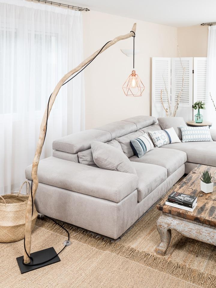 ambiance nature lampadaire en bois flott avec. Black Bedroom Furniture Sets. Home Design Ideas