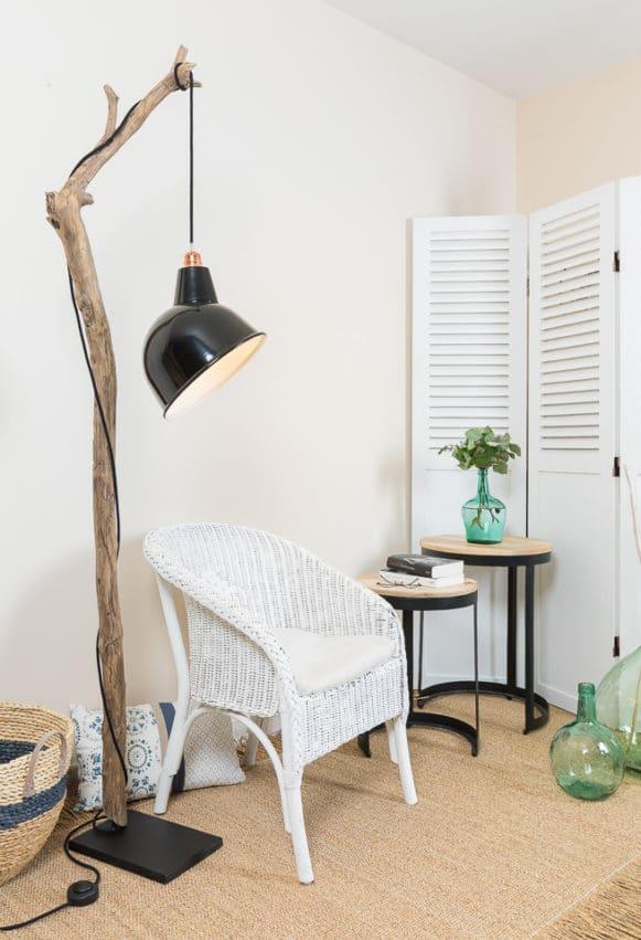 ambiance nature liseuse en bois flott avec abat jour. Black Bedroom Furniture Sets. Home Design Ideas
