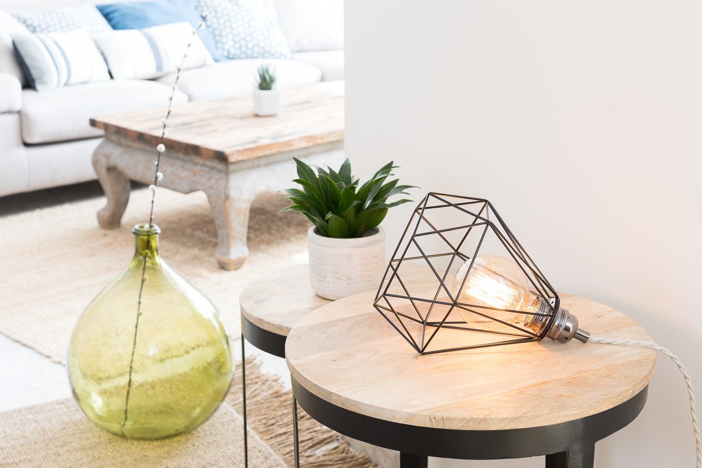 Ambiance nature lampe cage poser en m tal noir mat for Lampe ambiance et style