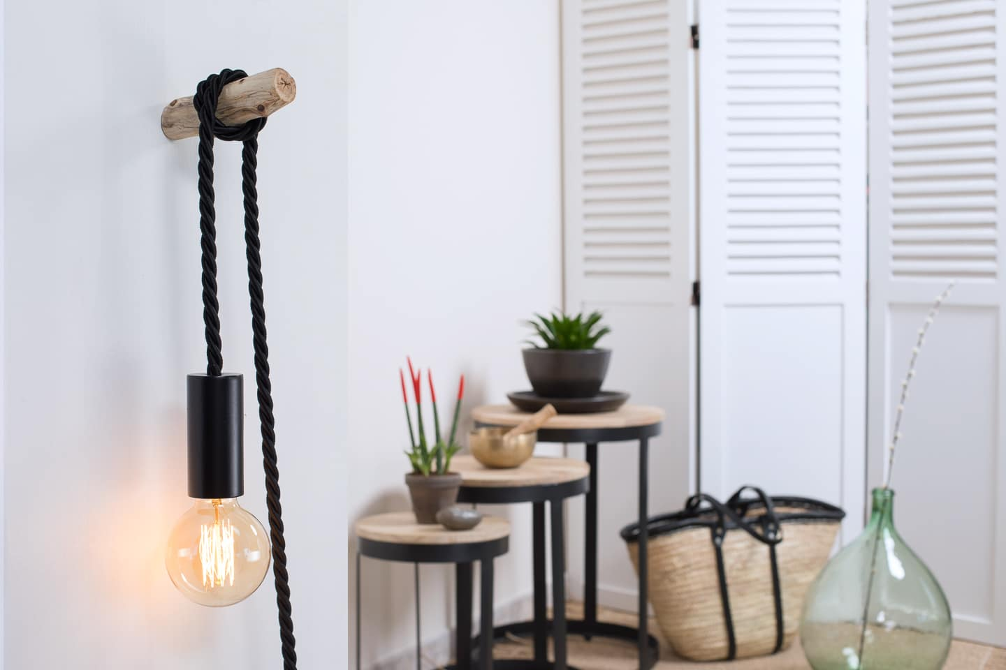 lampe baladeuse ambiance et nature cable noir ambiance nature. Black Bedroom Furniture Sets. Home Design Ideas