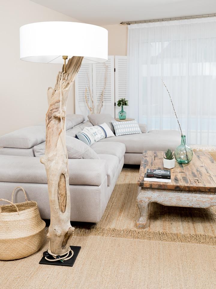 Ambiance nature lampadaire en bois flott avec abat jour for Boutique de bois flotte